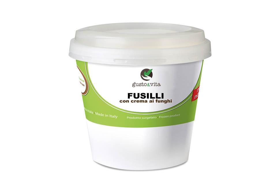 Fusilli with mushrooms cream